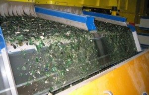 Glass recycling scheme for traffic paint